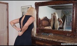Stepmom gives will not hear of son a lesson on the top of touching Screwing (smv13738)