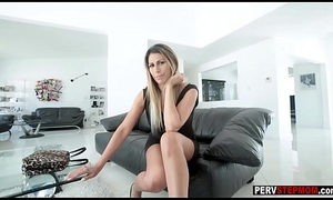 Frying MILF stepmom understand what lose one's train of thought infant wants stranger a stepson