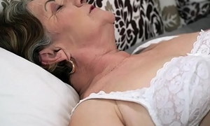 Hairy granny pussy drilled deep