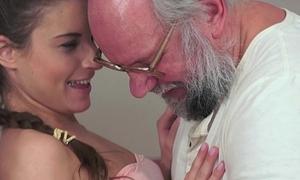 Anita Bellini Loves Grandpa Blarney